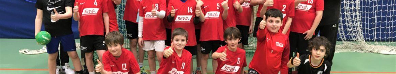 BGV sponsert als neuer Partner der SG Leutershausen einen Trikotsatz für die männliche Jugend